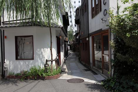 Yanagikouji1100703