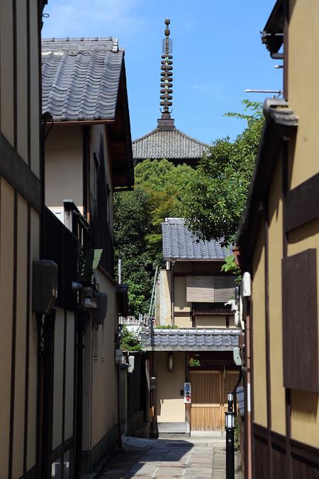 Yasakanotou1308036