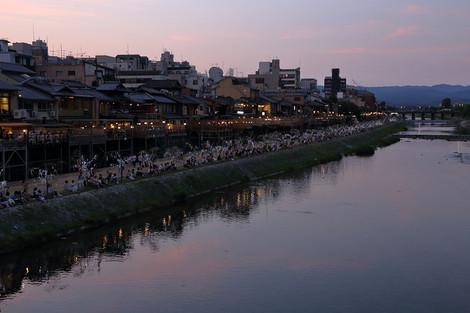 Kamogawa1608132