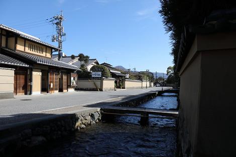 Kamigamosyakemati1701133