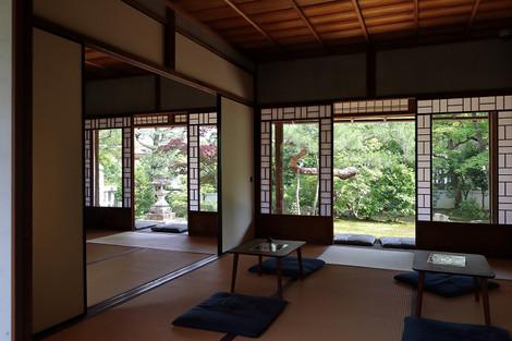 Iwakurakyutaku1806303