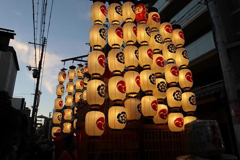 Hatimanyama1807251