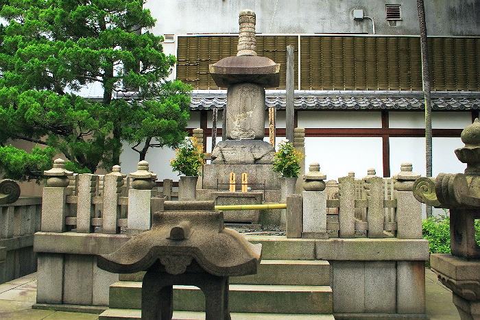 Honnouji0606118_1