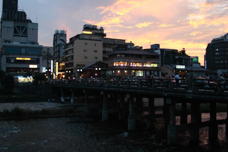 Sanjyouoohasi0701131