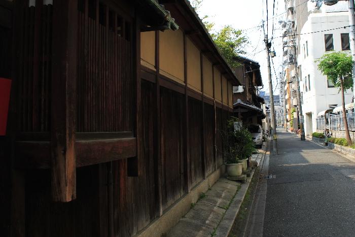 Yamatoya1